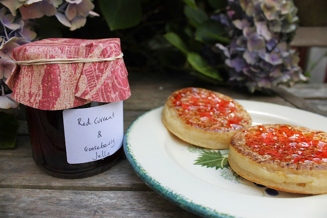 Redcurrant goseberry jelly preserves preserving raspberries gooseberries