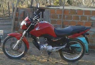 Motocicleta é tomada por assalto na zona rural em São Vicente do Seridó