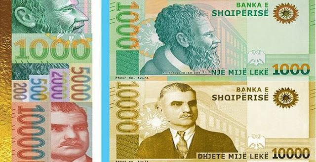 Dolën në treg kartmonedhat 100,000 lekëshe