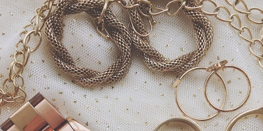 Quick Hacks to Take Care of Your Precious Jewellery