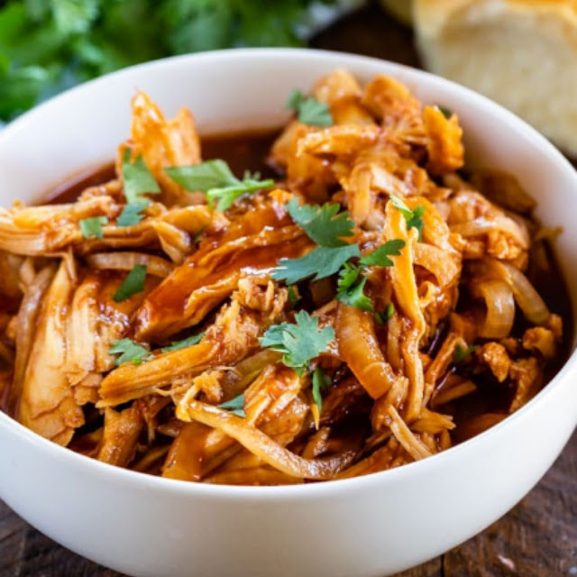CROCKPOT SPICY PULLED CHICKEN