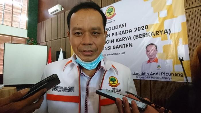 Kritik Maraknya Serbuan TKA China ke Indonesia, Sekjen Berkarya: Padahal Kan Tenaga Lokal Kita Melimpah, Jangan Sakiti Hati Rakyat Sendiri