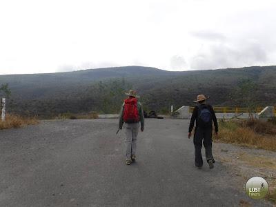 Llegando al cruce con el Macrolibramiento, Cerro Viejo