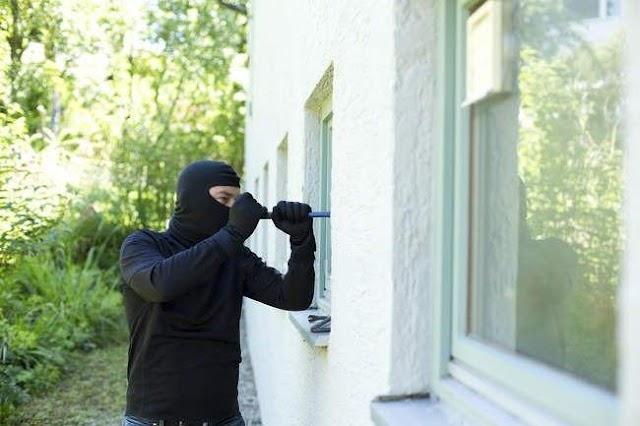 На Васильківщині судитимуть грабіжника, який проникав до чужого житла через вікна