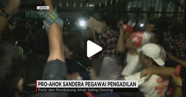 Parah! Massa Pendukung Ahok Sandera Para Pegawai Pengadilan Tinggi DKI