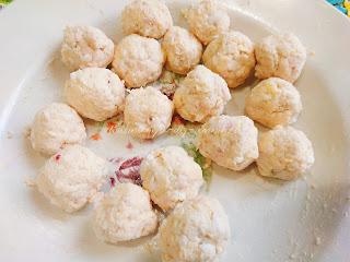 Закусочные куриные шарики с сыром