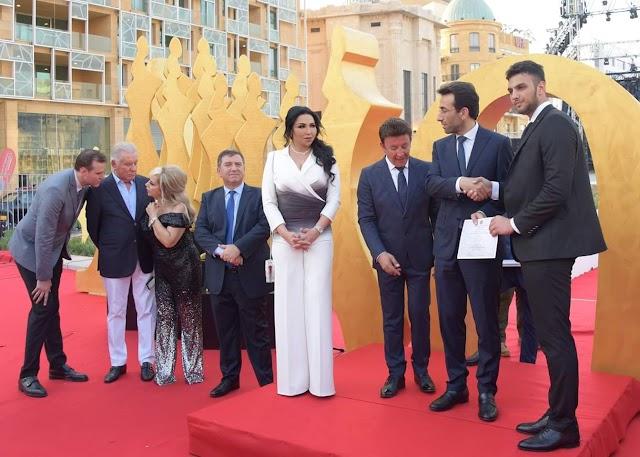 بحضور محافظ بيروت و النجوم العرب وفاء بن خليفة تدعم طلاب لبنان