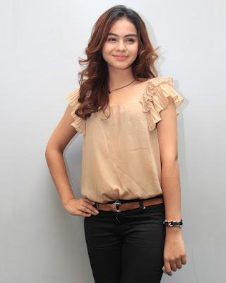 Lengan indah dan manis Sahila Hisyam