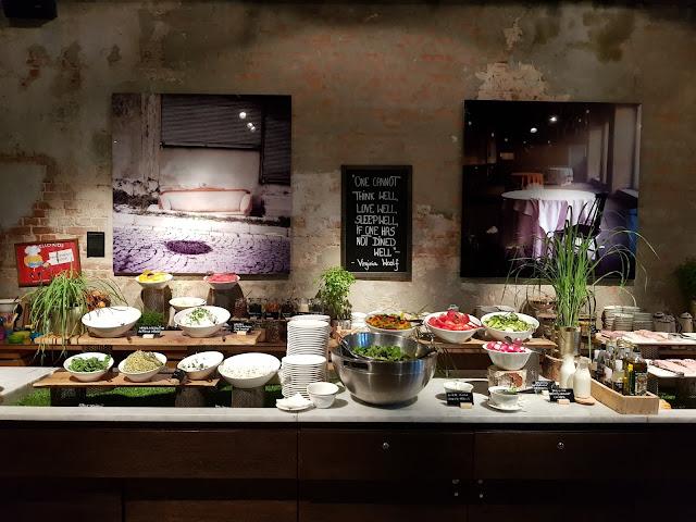 Colazione nell'hotel Vienna house Andel's Lodz