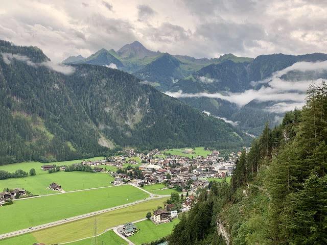 Austria-Zillertal-Valley-Alps