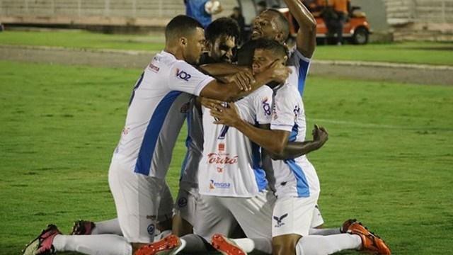 Sousa estreia com derrota para o Perilima