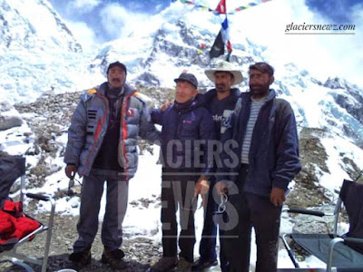Hassan Sadpara ,A Legendry Mountaineer Of Pakistan|Hassan Sadpara at mount everest base camp