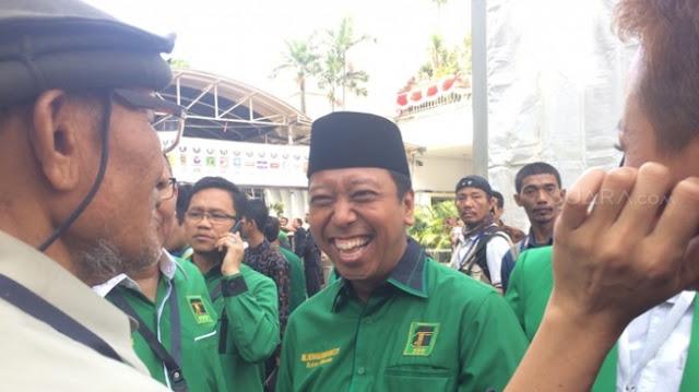 Prabowo Sebut Elite Akan Bagi-bagi Uang, Ketum PPP: Itu Bentuk Kepanikan