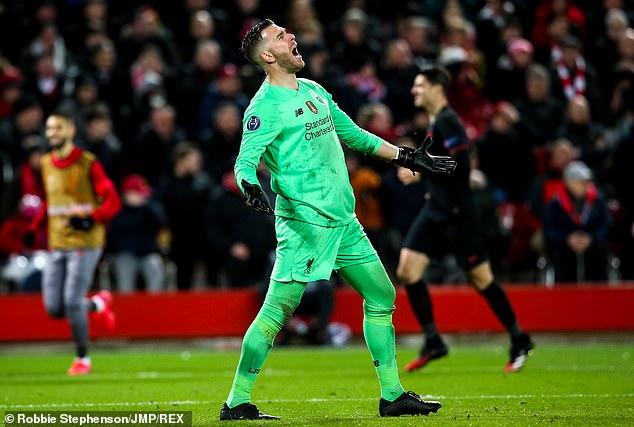 Klopp đang ước Liverpool có Romero 2