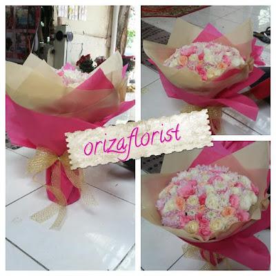 harga bunga hand bouquet surabaya, alamat toko karangan bunga surabaya, jasa karangan bunga surabaya,