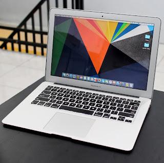 Macbook Air 2017 Core i5 ( MQD32LL/A ) Malang