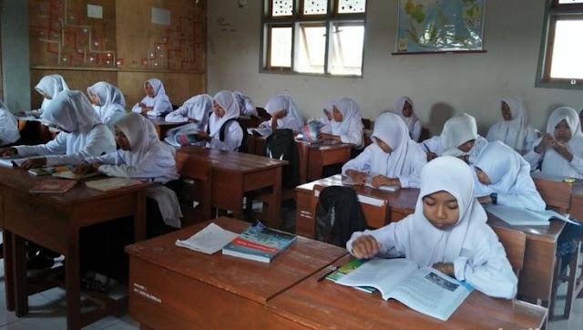 Ulama Jogja Apresiasi Langkah Sekolah di Wonosari Wajibkan Siswi Menutup Aurat