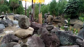 Watu Prahu Taman Spiritual Jambewangi Sempu