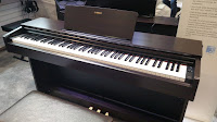 picture of Yamaha YDP103 rosewood