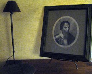 Ilustração de Pedro Álvares Cabral numa mesa