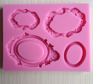 http://fr.aliexpress.com/item/Free-shipping-Retro-mirror-frame-fondant-cake-molds-soap-chocolate-mould-for-the-kitchen-baking-C282/1961901003.html