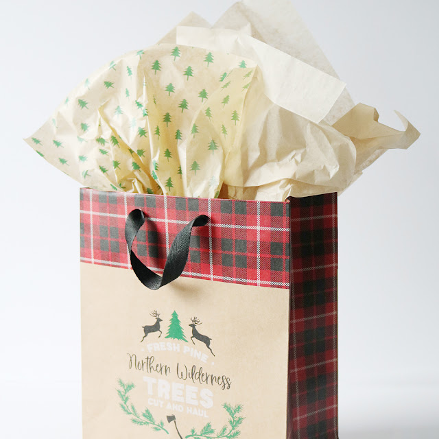 Holiday Gift Wrapping Inspiration - Tissue paper is the finishing touch! | creativebag.com