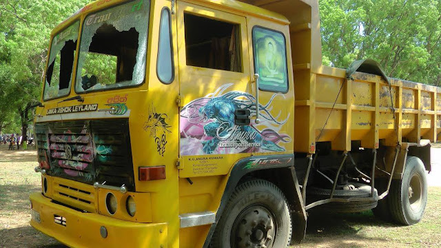 Embilipitiya - Nonagama Road lorry accident Child Death