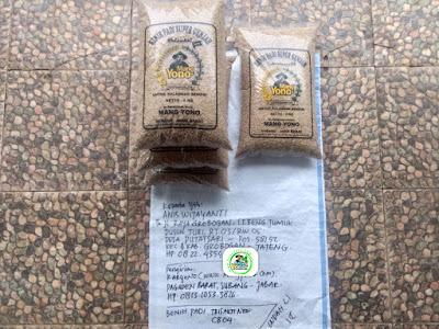 Benih padi yang dibeli   ANIS WIJAYANTI Grobogan, Jateng.   (Sebelum packing karung).