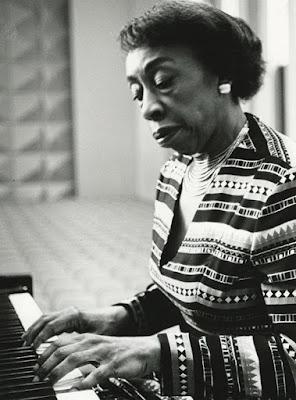 New York Times: Frances Walker-Slocum, 94, Pioneering Pianist and Teacher, Dies