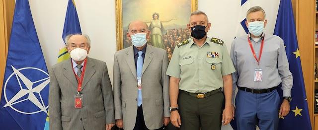 Συνάντηση Α/ΓΕΕΘΑ με Αντιπροσωπεία Συνδέσμου Αποστράτων Αξιωματικών Ιππικού-Τεθωρακισμένων (ΦΩΤΟ)
