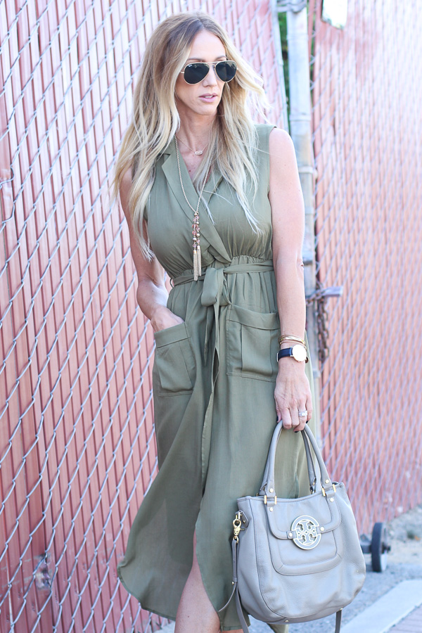 Army Green Sleeveless V Neck Split Pockets Dress