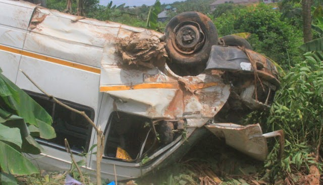 W/R: More Than 10 People Injured In Gory Accident At Mpintsin