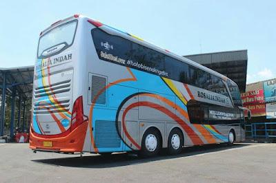 Foto Bus Rosalia Indah Double Decker SDD138
