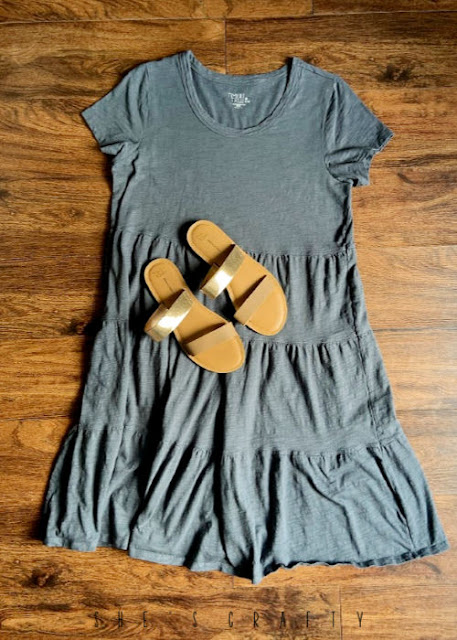 6 Easy Summer Outfit Ideas for moms that are Cool and Comfortable - lightweight tiered dress