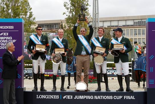 De izquierda a derecha; Paul O'Shea, Peter Moloney, Rodrigo Pessoa, Darragh Kenny y Cian O'Connor