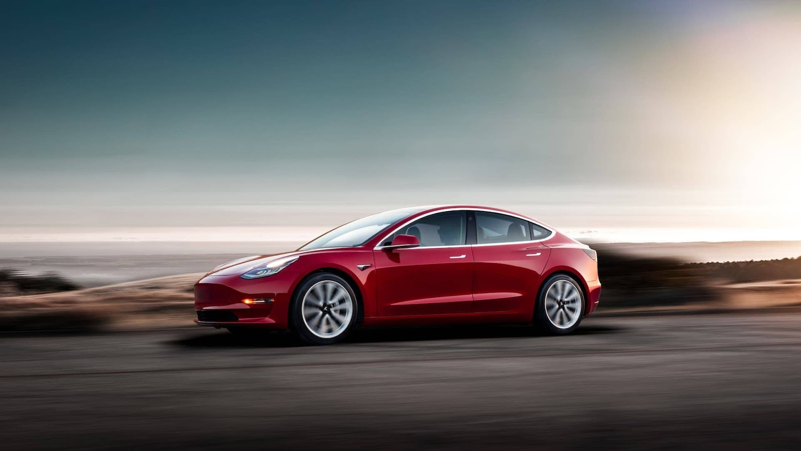 Tesla Model 3 en rojo