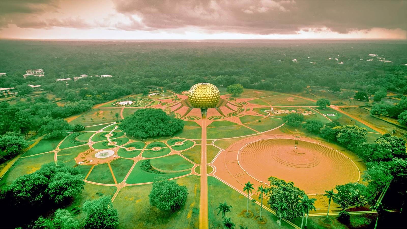 Auroville, India © Vikram Ramakrishnan/Shutterstock