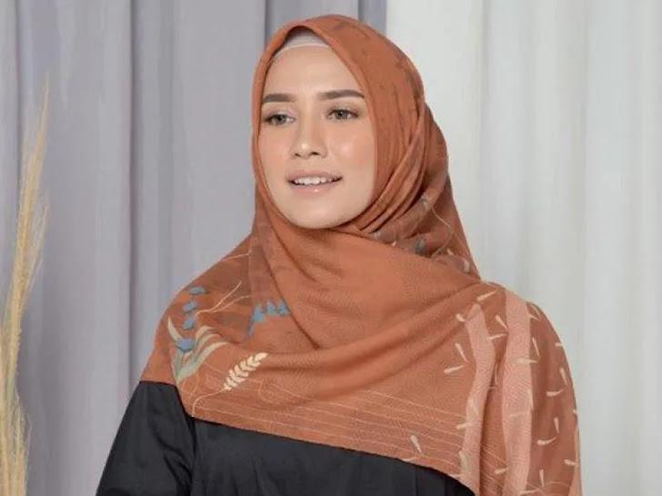 Jual Puru Kambera Star Wars Rey Printing Scarf Jilbab Segiempat - Burn Brick Mataram Lombok