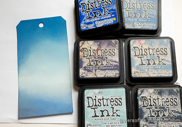 Layers of ink - Halloween Silhouettes on glossy cardstock by Anna-Karin Evaldsson. Ink with Distress Ink.