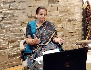 'शी लीड्स-एक राजनीतिक नेतृत्व पर आयोजित प्रशिक्षण कार्यक्रम' को अर्चना दीदी ने किया संबोधित