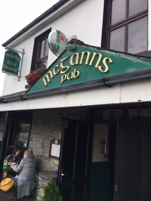 Ireland, McGanns Pub