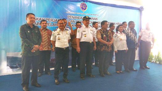 Bupati Terima Resmi Hibah Kapal Pelra, Dari Kementerian Perhubungan