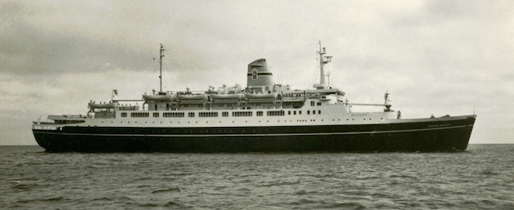 Postcard of TSS Stefan Batory from the collection of VMF at http://vmf-cruiseshipsandliners.blogspot.com/