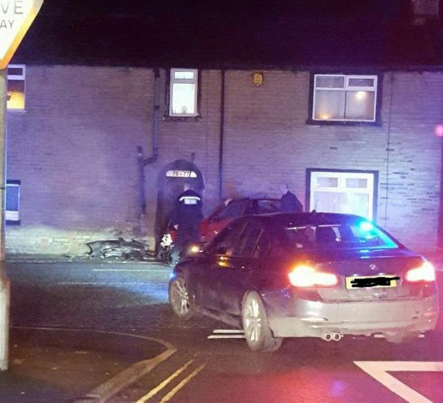 BREAKING Serious collision as car crashes into house in Shelf