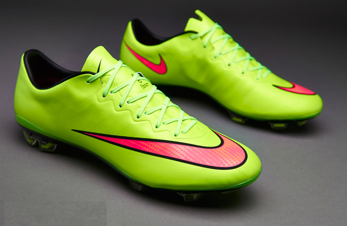 separation shoes 35742 7ba7b Footy News: ELECTRIC GREEN NIKE MERCURIAL VAPOR X 14-15 BOOT ...