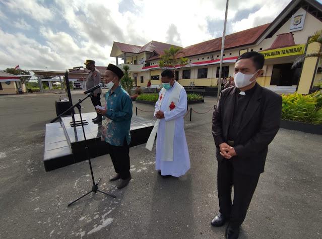 Hendra Haurissa Pimpin Pernyataan Anti Narkoba dan Doa Bersama Tokoh Agama di Tanimbar.lelemuku.com.jpg
