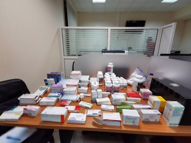 Συλλήψεις γιατρών για πλαστά πιστοποιητικά στη Σάμο - Η ανακοίνωση της ΕΛΑΣ