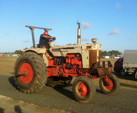 Tractor Pull with Vintage Machinery & Motor Show Photo Albums