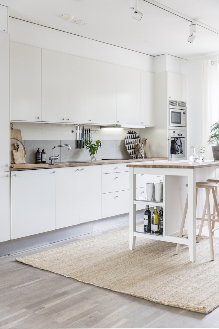my scandinavian home a tour of my kitchen. Black Bedroom Furniture Sets. Home Design Ideas