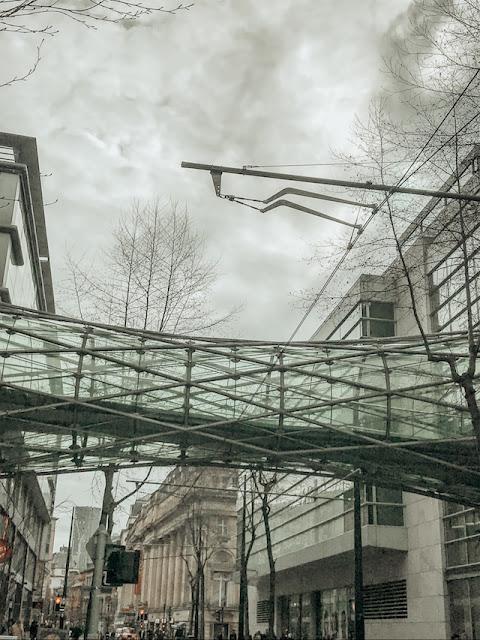 Exploring Manchester - Selfridges glass tunnel